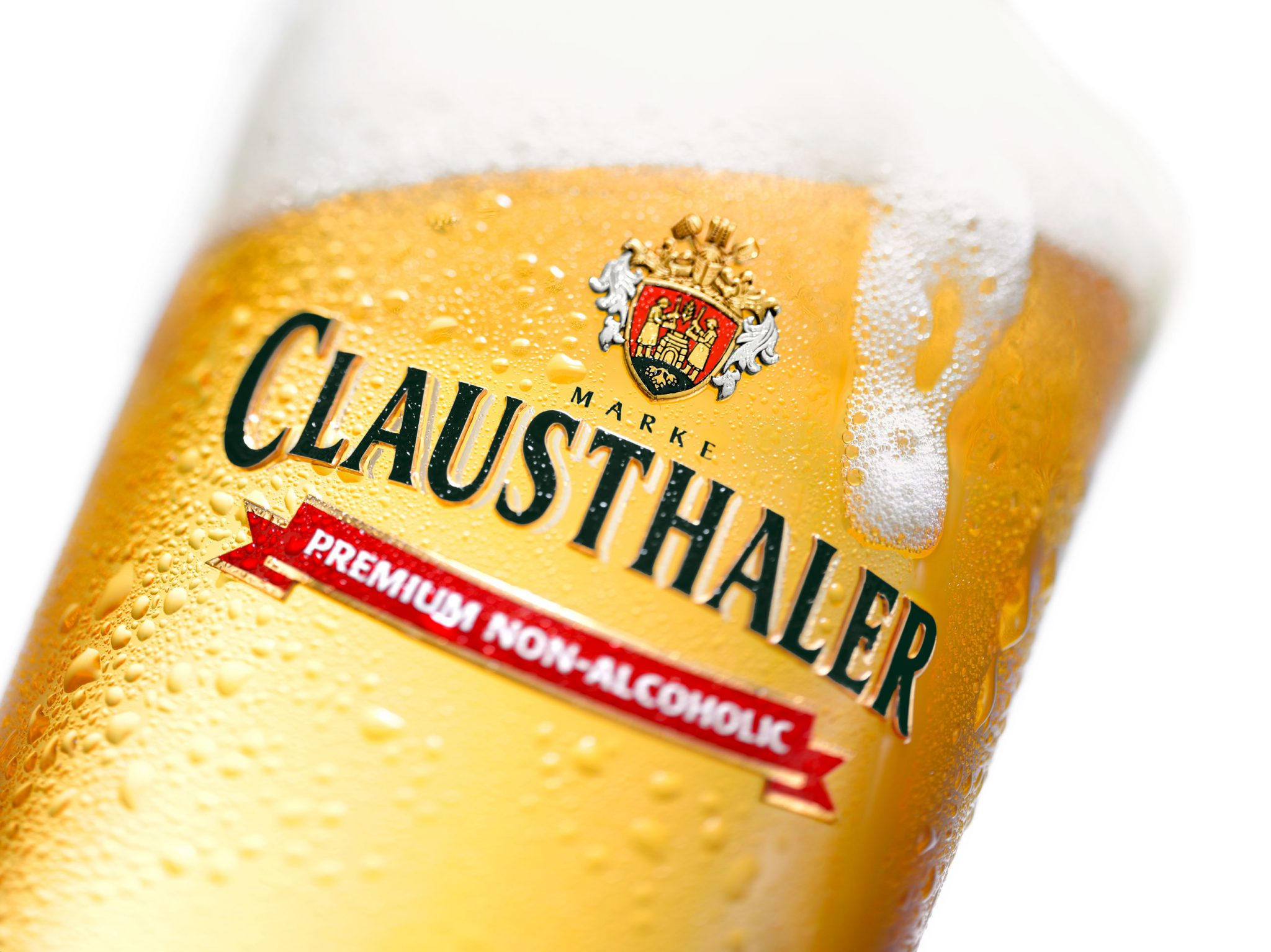 Clausthaler Branded Glass with foam trail